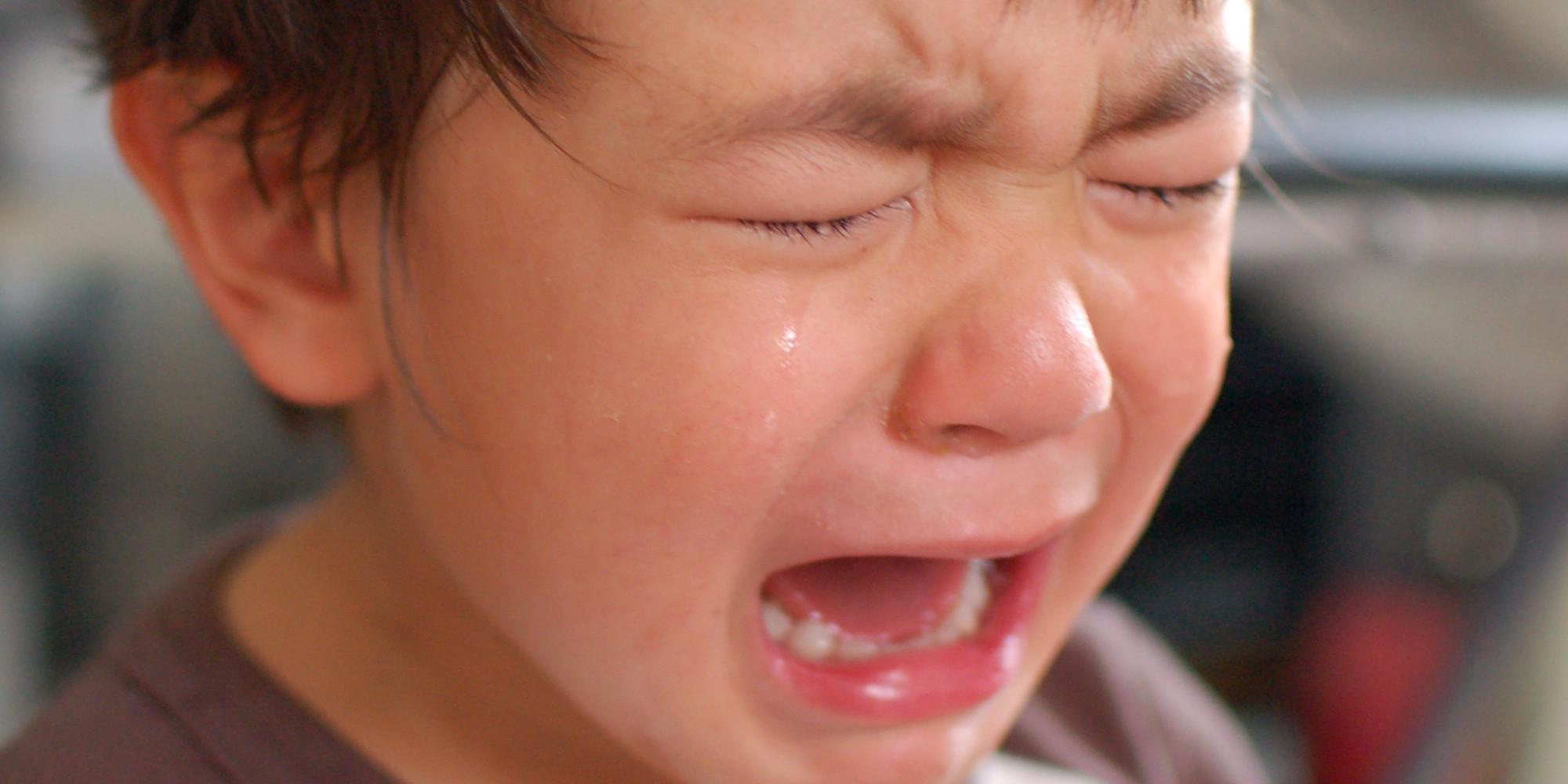 Rüyada Aileden Ağlayan Birini Teselli Etmek