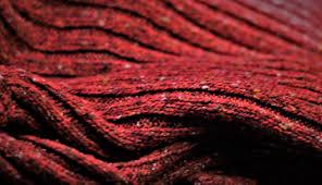 Rüyada Kırmızı Kefen Giydiğini Görmek