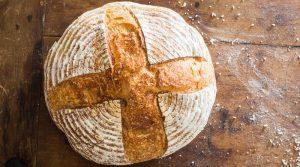 Rüyada Ölüye Ekmek Yemek Vermek