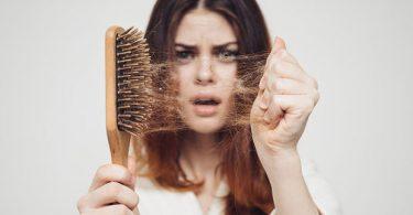 Rüyada Saç Dökülmesi Tutam Tutam