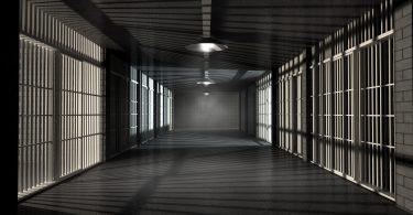 Rüyada Hapiste Olan Birini Dışarda Görmek
