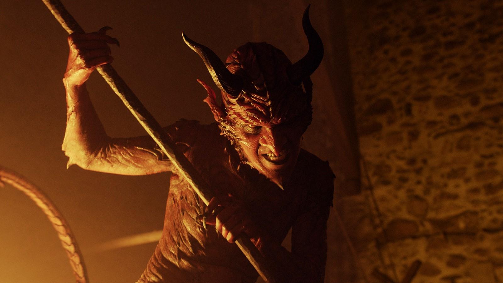 Rüyada Kötü insan Kılığında Şeytan Görmek