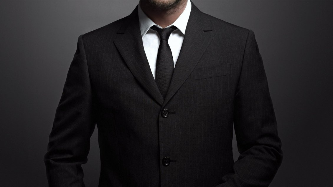 Rüyada Siyah Elbiseli Yakışıklı Adam Görmek