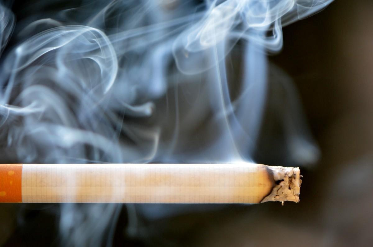 Rüyada Birinin Sigara Tütün içtiğini Öldüğünü Görmek