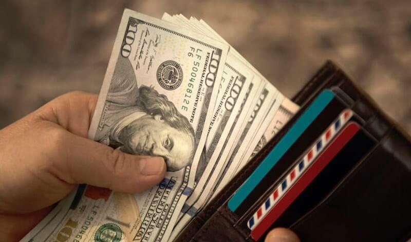 Rüyada Elinde Para Görmek ve Kaybetmek