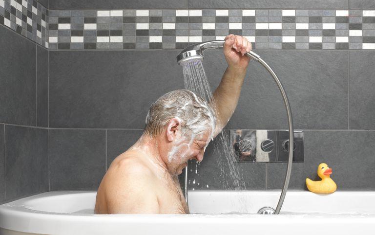 Rüyada Ölmüş Birinin Banyo Yaptığını Görmek