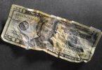 Rüyada Yırtık Kağıt Para Görmek