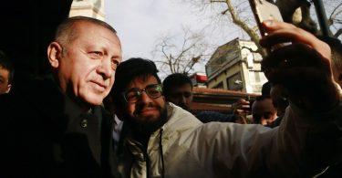 Rüyada Cumhurbaşkanı İle Fotoğraf Çektirmek