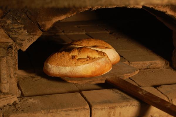 Rüyada Birinin Ekmek Pişirdiğini Görmek
