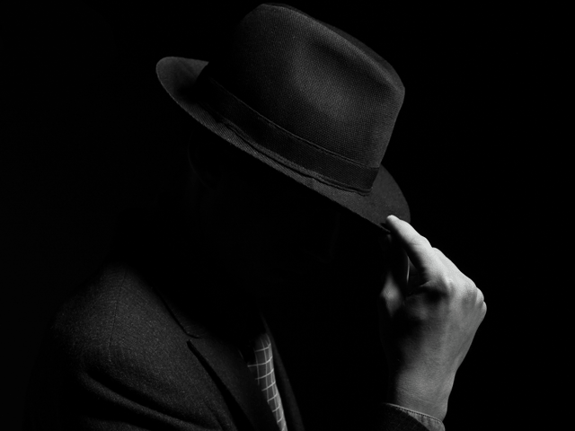 Rüyada Siyah Şapka Görmek