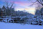 Rüyada Üzerine Kar Yağması