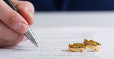 Rüyada Kocanın Boşanmak İstemesi