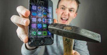 Rüyada Cep Telefonun Kırılması