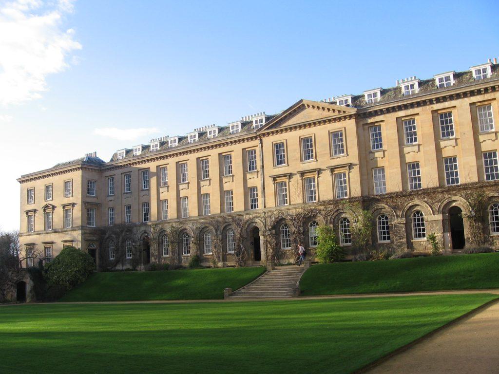 Rüyada Yabancı Üniversiteyi Kazandığını Görmek