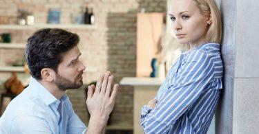 Rüyada Eşinin Boşanmak İstemesi