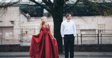 Rüyada Kırmızı Nişanlık Giymek