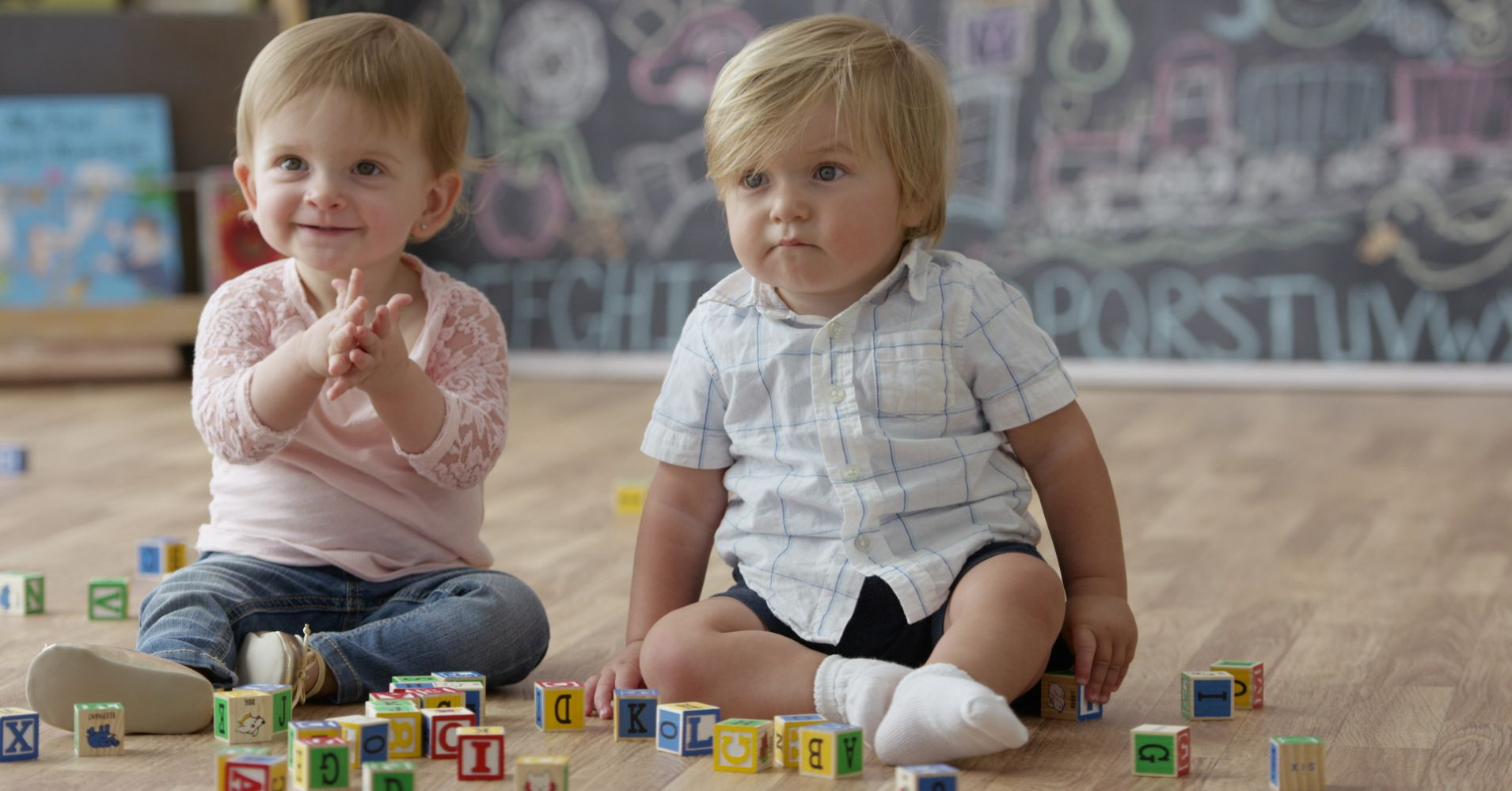 Rüyada İki Bebek Görmek ve Sevmemek